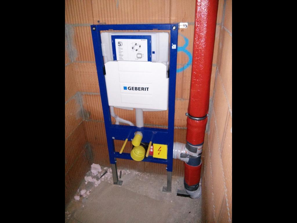 Dusche Im Keller Abwasser : Sanit?r- /Heizungsbau im Rohbau – Abenteuer Hausbau